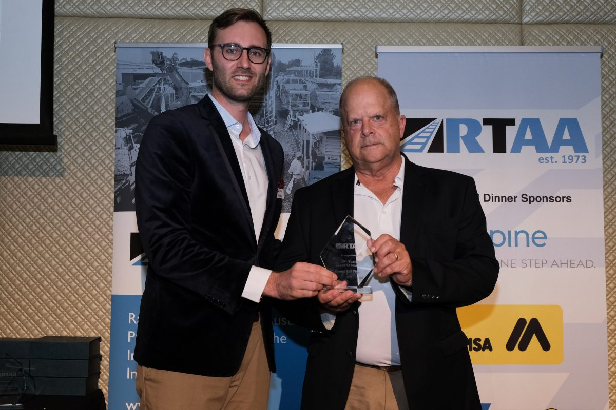 Gemco Rail recognised for 20 years membership